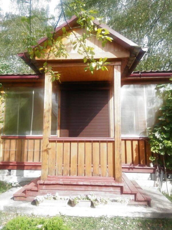 Установка рольставней на окна и двери