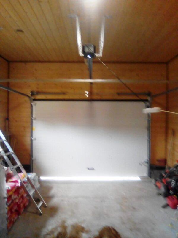 Установка секционных ворот в гараж Московской области