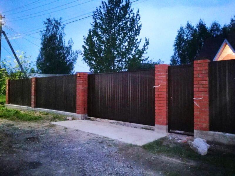Сдвижные ворота из профлиста