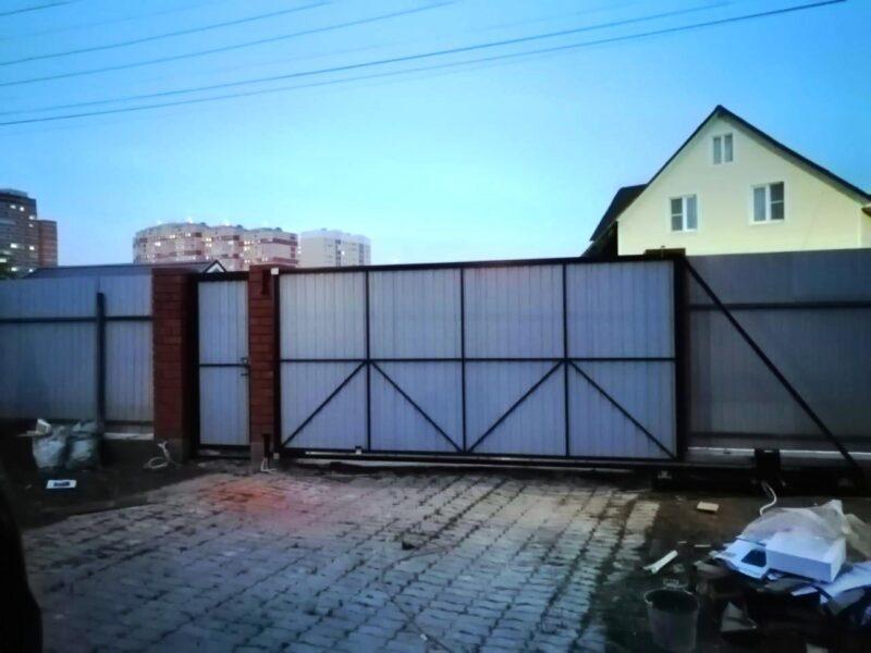Установка откатных ворот в Московской области