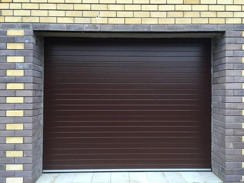 Монтаж секционных гаражных ворот