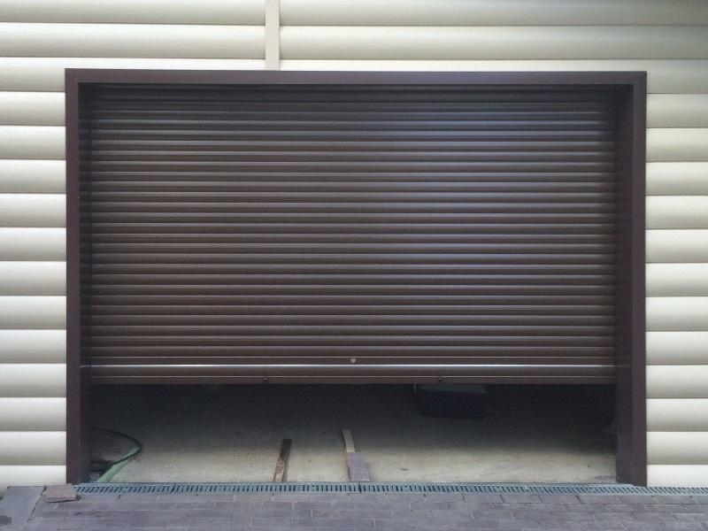Рулонные гаражные ворота купить Москва