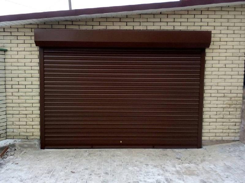 Рулонные ворота в гараж установка Москва