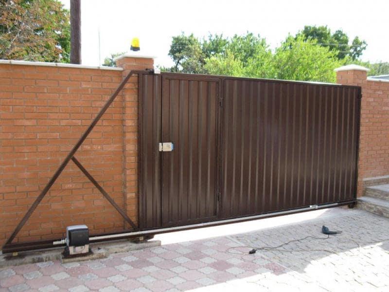 Автоматические откатные ворота установка